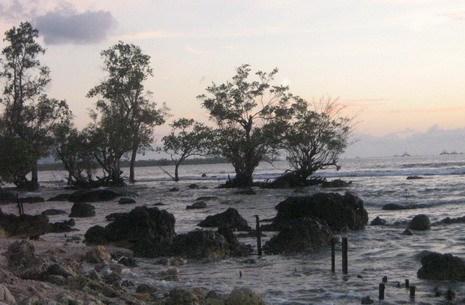 Rembang Petang Pulau Umang Catatan Perjalanan Yusuf Iskandar Sore Hampir