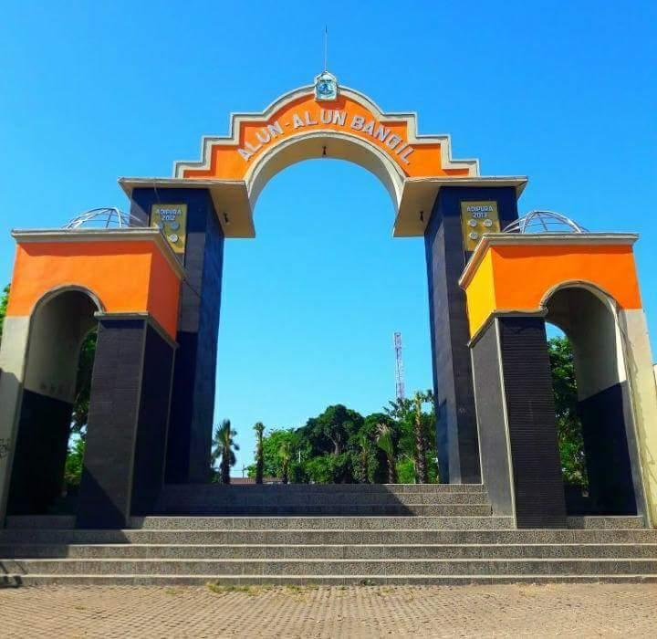 5 Tempat Populer Kota Bangil Pasuruan Wajib Dikunjungi Alun Ikonnya