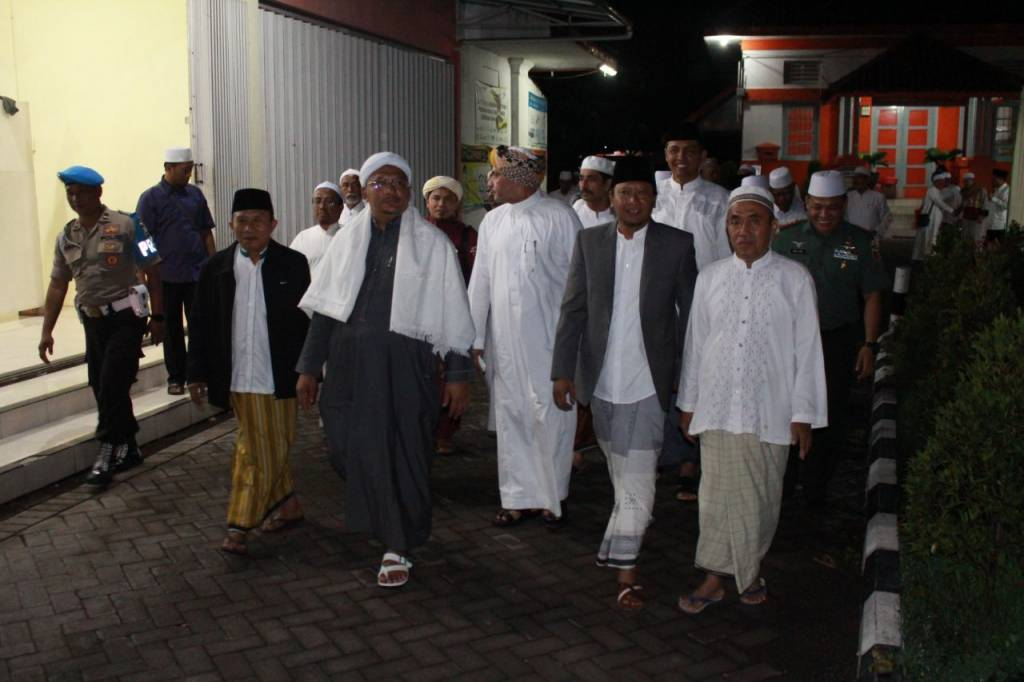 Kapolres Pasuruan Hadiri Pengajian Akbar Rangka Memperingati Muhammad Diselenggarakan Oleh