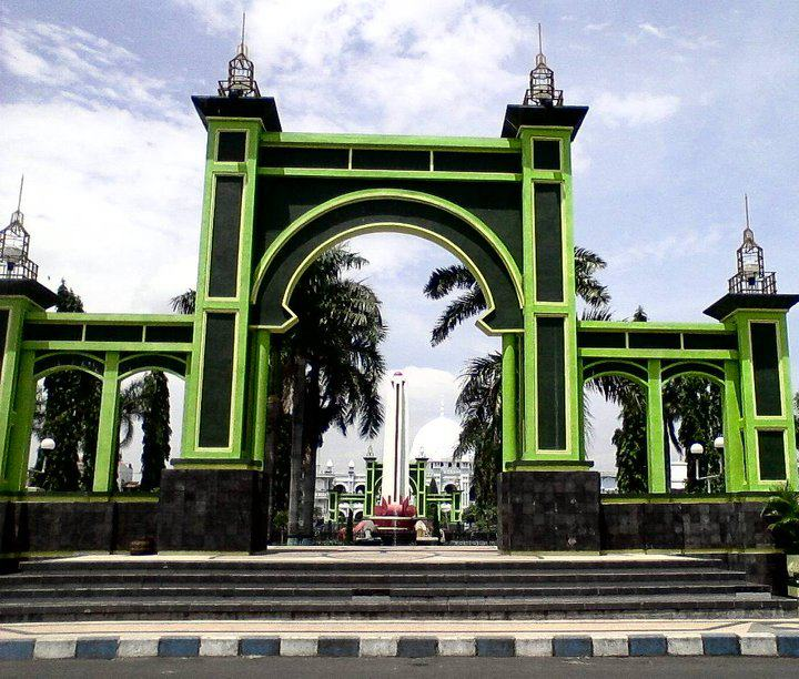 Wisata Indonesia Kota Pasuruan Menarik Alun Bangil Kab