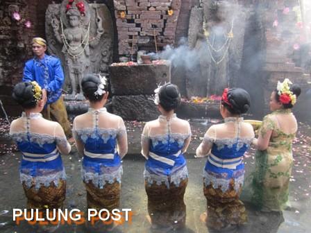 Candi Belahan Terangkat Sebagai Unggulan Kabupaten Pasuruan Kab