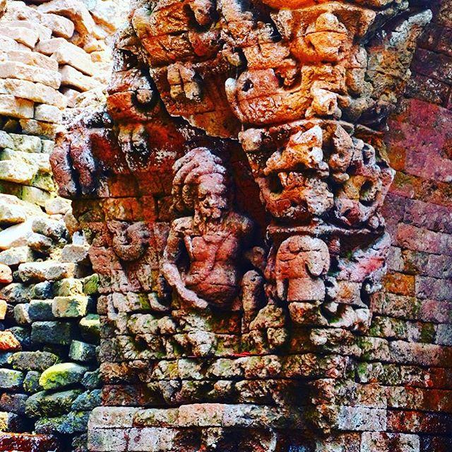 Pasuruan Kaya Wisata Budaya Candi Belahan Salah Satunya Sumber Tetek