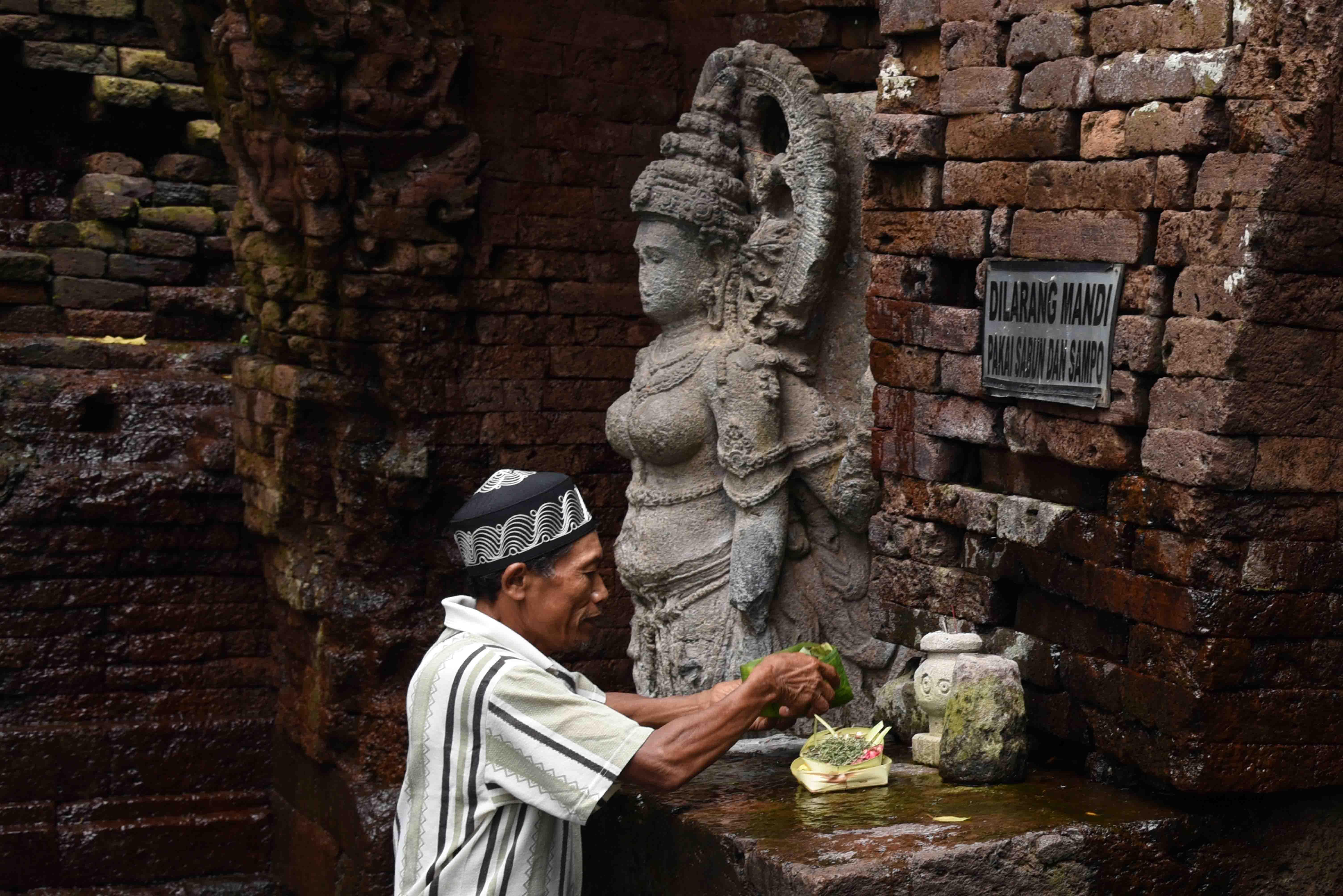 Ziarah Budaya Air Lintas Hari Terakota Sanimin 50 Warga Dusun