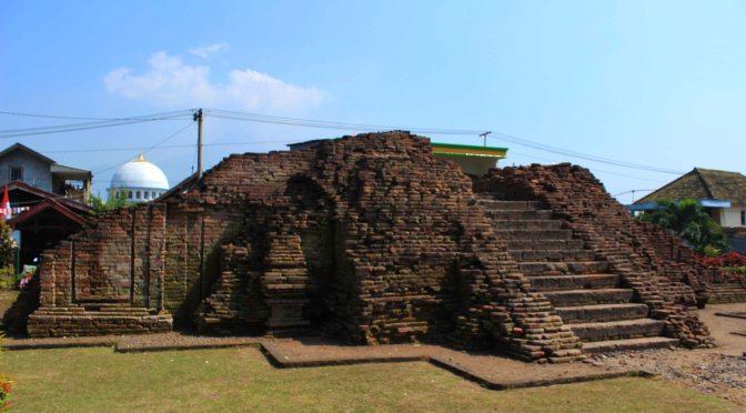 Candi Jawi Berbagai Situs Purbakala Sekitarnya Blog Museum Online Kabupaten