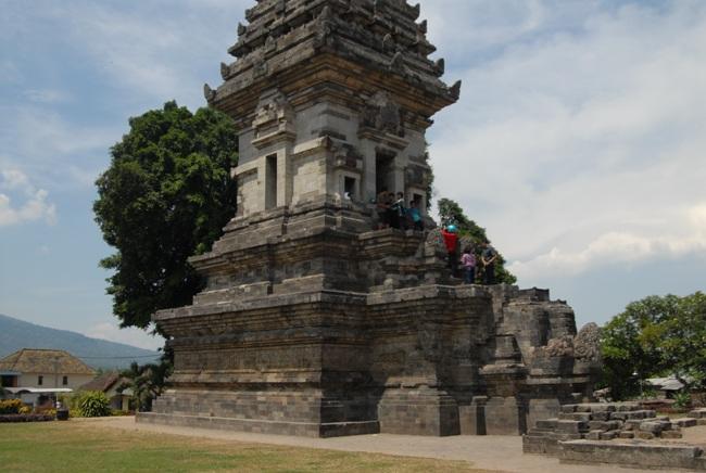 Candi Jawi Sebuah Hikayat Wartabromo Kab Pasuruan