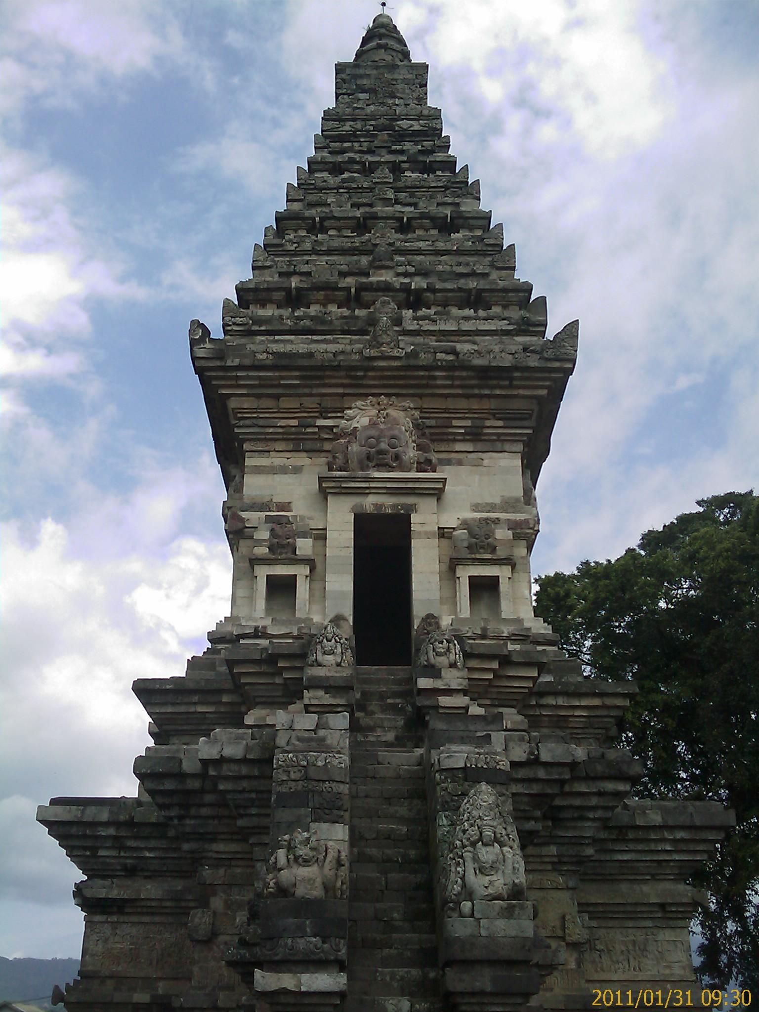 Jawi Temple Prigen Pasuruan Qhe Candi Kab