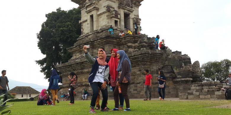 Libur Panjang Candi Jawi Jadi Tempat Favorit Selfie Kontributor Pasuruan