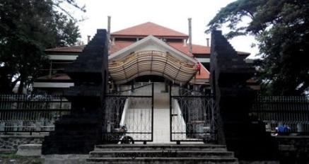 Kebun Raya Purwodadi Pasuruan Jawa Timur Wongcrewchild Fasilitas Penginapan Kab