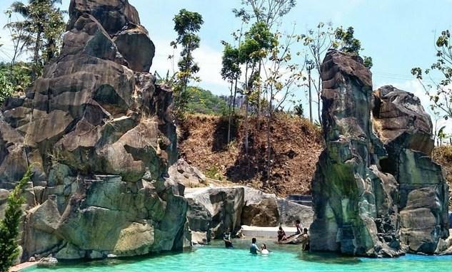 Wisata Pemandian Pasuruan Segar Airnya Bikin Betah Berendam Reco Kembar