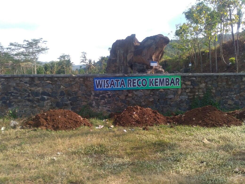 Wisata Reco Kembar Desa Cowek Purwodadi Pemandian Kaki Bukit Dikatakan