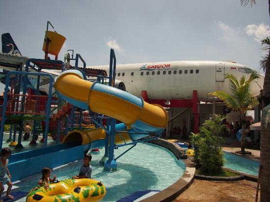 10 Closest Hotels Saygon Waterpark Pasuruan Tripadvisor Find Taman Air