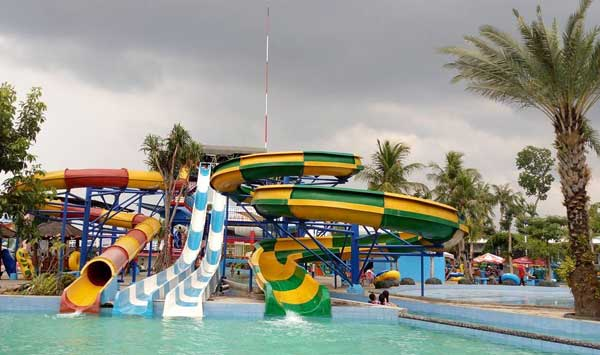 Nih 10 Tempat Wisata Pasuruan Bikin Traveler Betah Saygon Waterpark