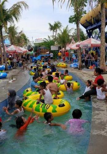 Ribuan Pengunjung Penuhi Sejumlah Objek Wisata Pasuruan Taman Air Saygon