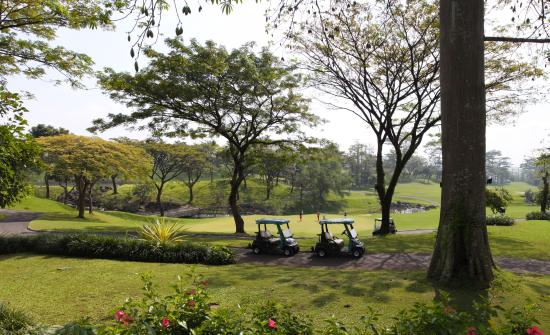 Top 10 Royal Senyiur Hotel Pasuruan Taman Dayu Golf Club
