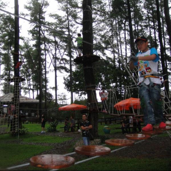 Foto Tretes Treetop Adventure Park Lintasan Diambil Oleh Sofia Leonica