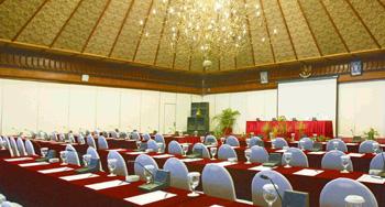 Surya Hotel Cottages Meeting Tretes Treetop Adventure Park Kab Pasuruan