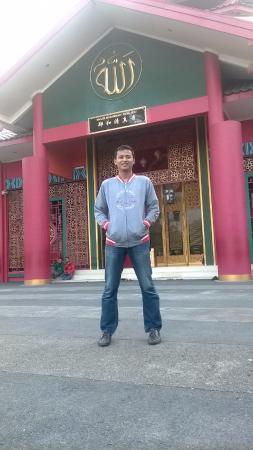Top 10 Finna Golf Country Club Pasuruan Cheng Hoo Mosque