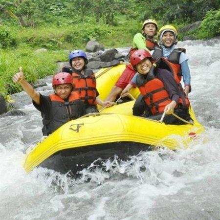 Top 10 Tretes Treetop Adventure Park Prigen Obech Rafting Kab