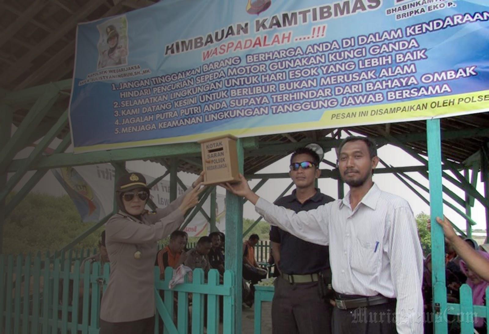 April 2017 Desa Sambilawang Kerjasama Polsek Hutan Mangrove Pantai Kab