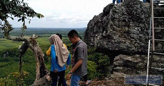 Wisata Pati Murianewscom Sejumlah Pengunjung Berada Bukit Pandang Desa Durensawit