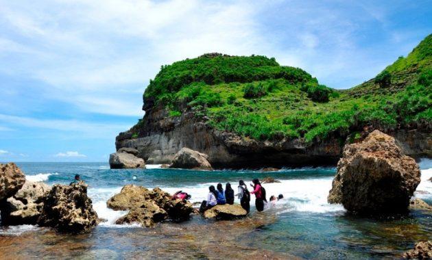5 Pantai Wonogiri Popular Kunjungi Dinas Sembukan Kabupaten Banyutowo Kab