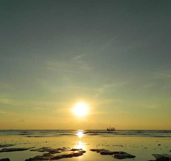 Perkenalkan 10 Tempat Wisata Pati Jateng Keren Abis Pantai Banyutowo