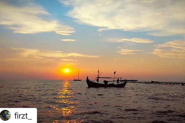 Posts Tagged Lombafotografipati Picbear Repost Firzt Beautiful Sunrise Lokasi Pantai