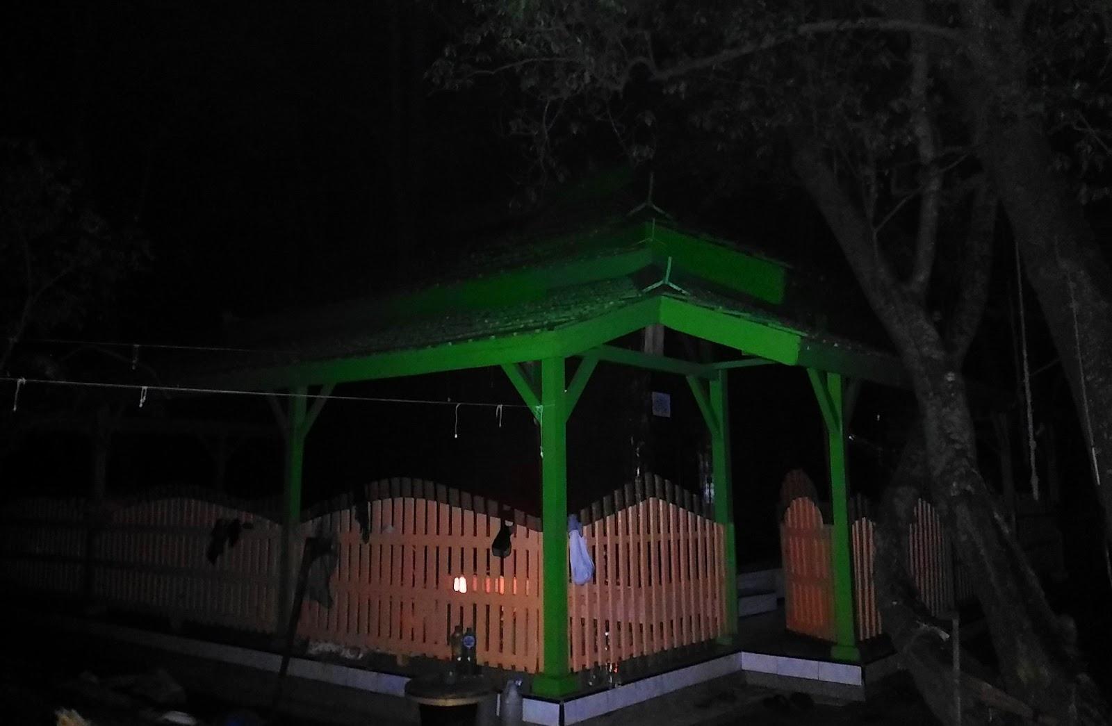 Pulau Seprapat Eksotisme Tempat Pesugihan Pati Jawa Tengah Makam Datuk