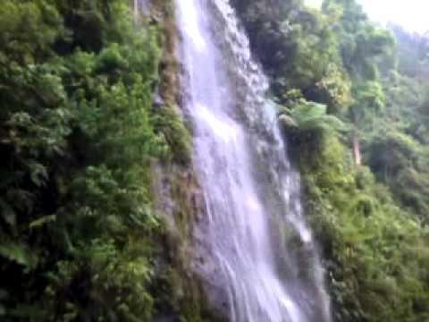 Pulau Seprapat Tempat Makam Lodang Datuk Keramat Juana Air Terjun