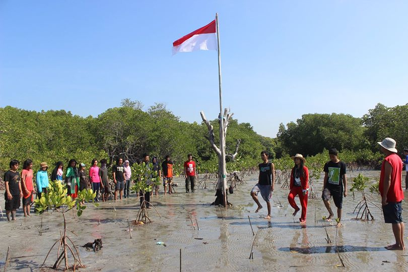 Kdm Komunitas Polman Merayakan 70 Indonesia Merdeka Prosesi Upacara Bendera