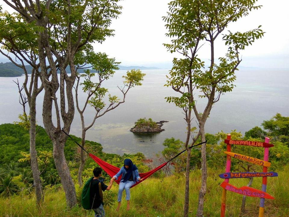 Pulau Karamasang Bibit Destinasi Wisata Kab Polewali Mandar Fasilitas Hammock