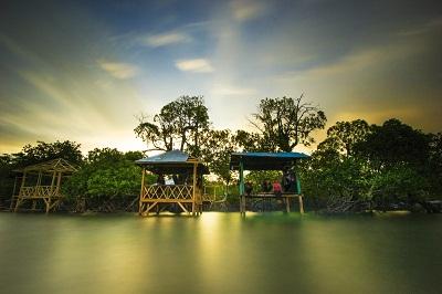Sistem Informasi Kebudayaan Pariwisata Polman Pantai Gonda Kab Polewali Mandar