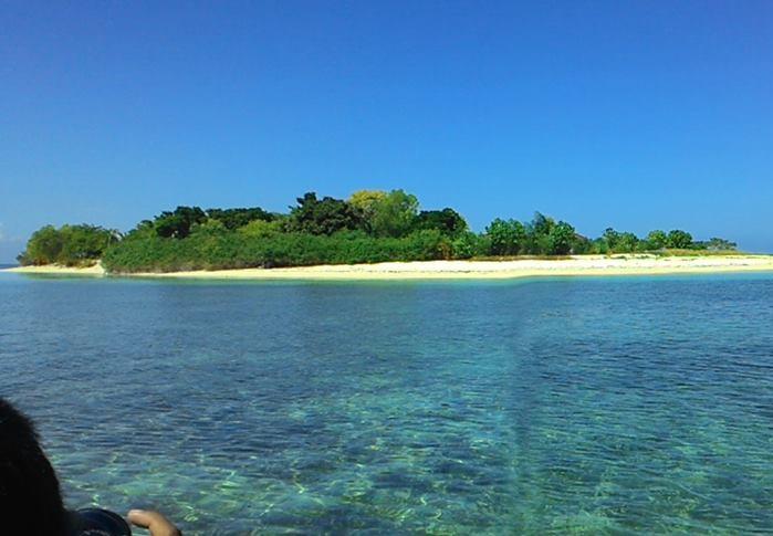 Wisata Sulawesi Barat Nova Liswanty Pratama Pulau Terletak Antara Jejeran