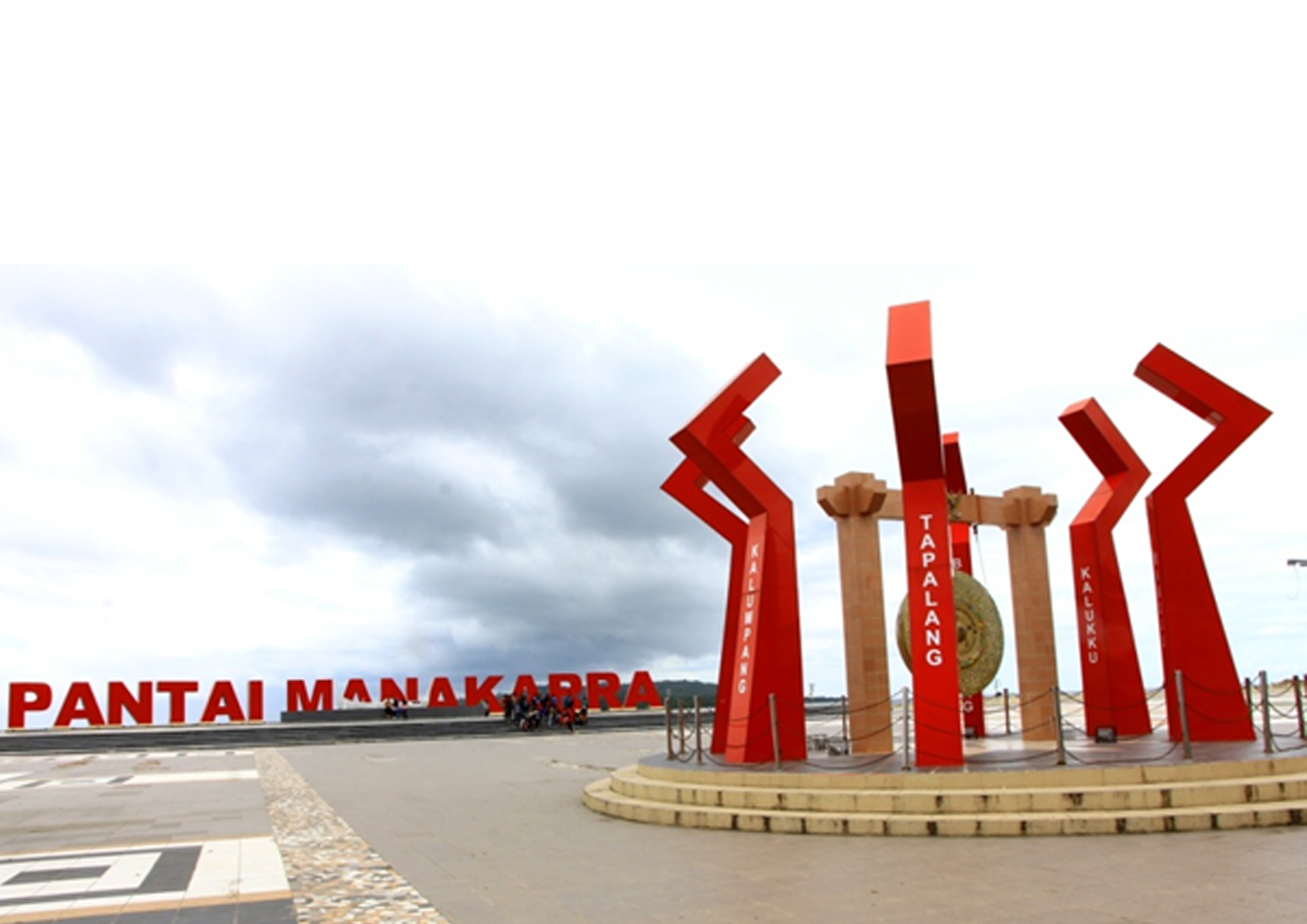 Badan Penghubung Sulbar Pariwisata Provinsi Sulawesi Barat Pantai Manakarra Labuang