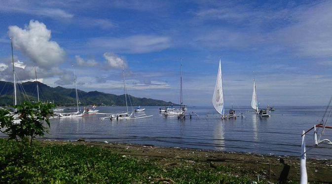 Ketika Pejabat Jadi Peserta Lomba Perahu Sandeq Regional Bertajuk Race