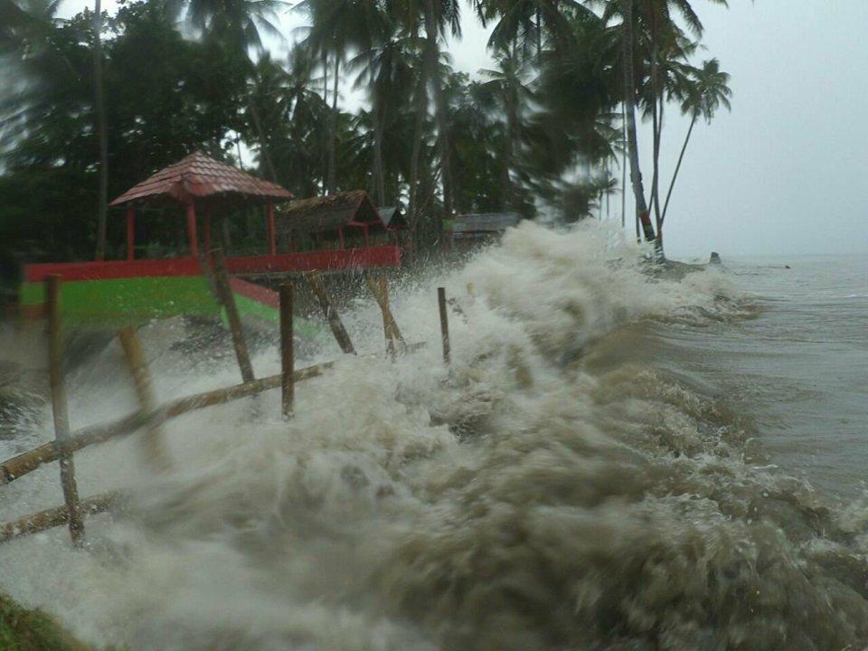 Darurat Abrasi Mampie Terancam Hilang Peta Pantai Desa Galeso Kecamatan