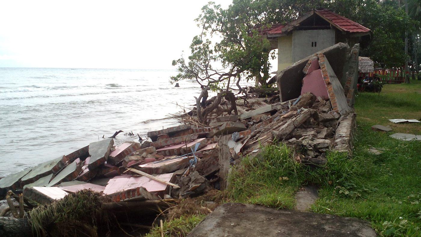 Hitungan Hari Bangunan Pantai Mampie Roboh Akibat Abrasi Wisata Selama