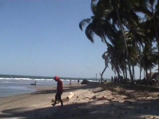 Jejak Biroe Pantai Mampie Eksotisme Polewali Mandar Pasir Putih Kabupaten