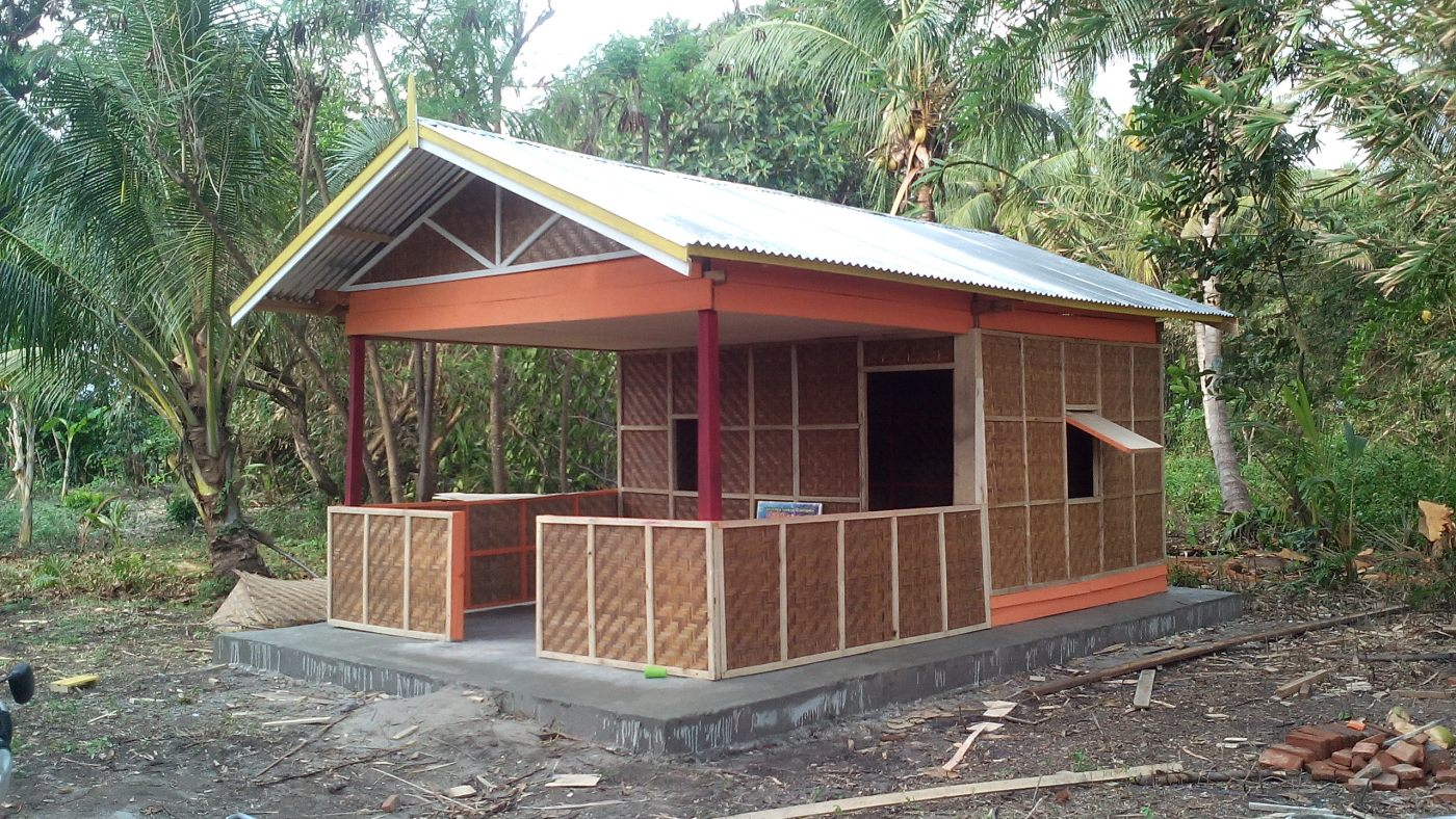 Pembangunan Rumah Penyu Bagian Ripow Pantai Mampie News Pembuatan Dusun