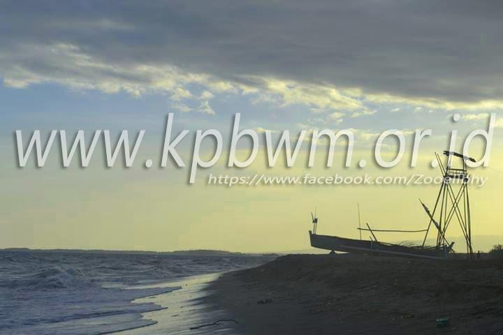 Pesona Pantai Mampie Senja Wonomulyo Kab Polewali Mandar