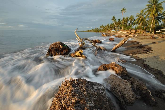 Daftar Lokasi Objek Wisata Alam Kabupaten Mamuju Jelajah Pantai Palippis