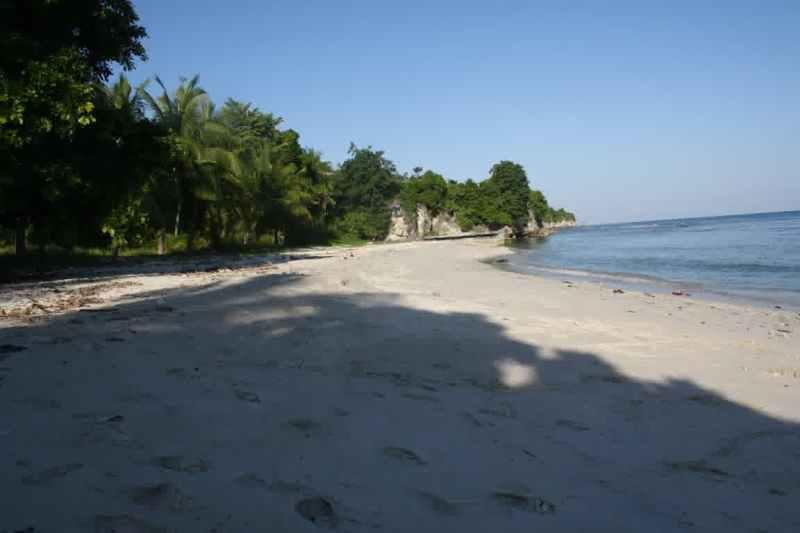 Eksotisme Tempat Wisata Pantai Palippis Jelajah Keindahan Indonesia Kab Polewali