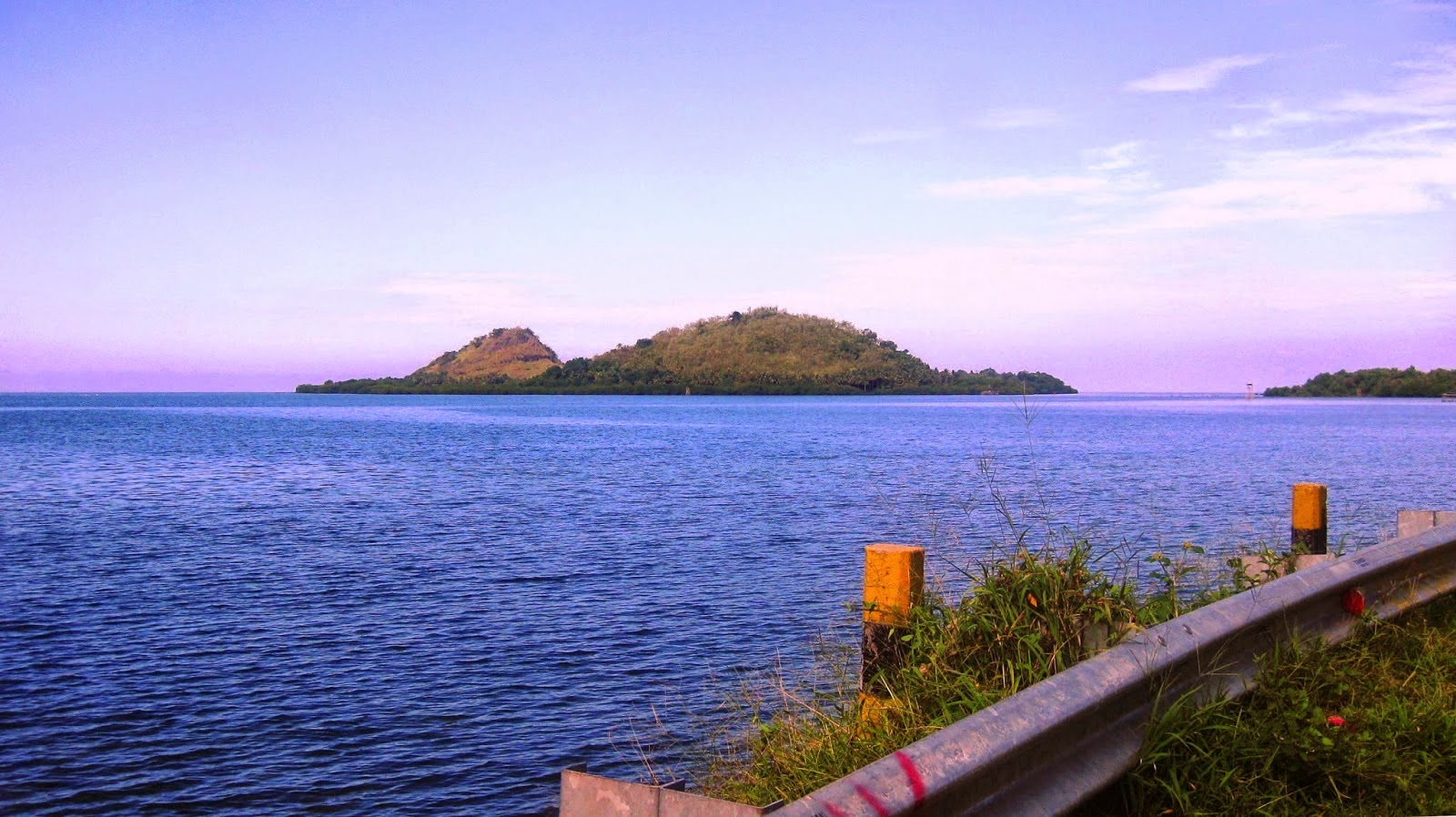 Kebudayaan Kepariwisataan Polewali Mandar Wisata Maritim Gugusan Pulau Nampak Depan