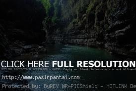 Tebing Pantai Palippis Pasirpantai Sulawesi Barat Polewali Mandar Kab