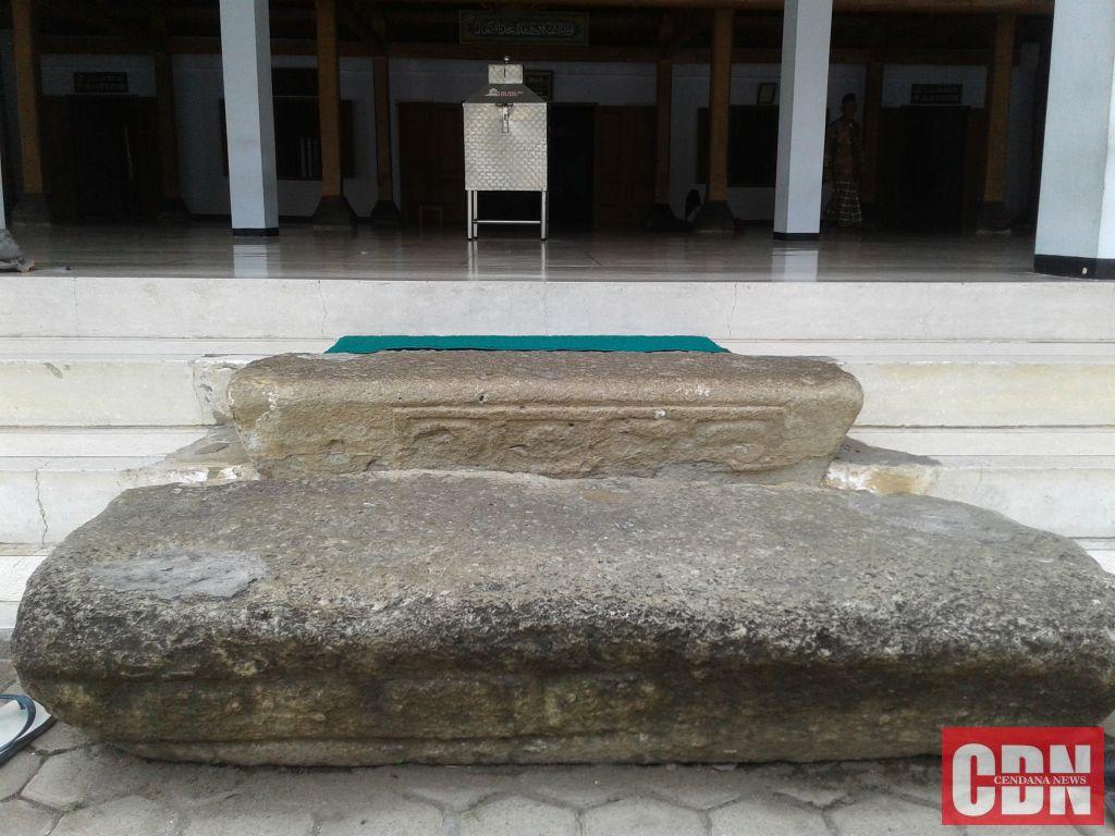 Bangunan Tertua Ponorogo Masjid Tegalsari Cendana News Batu Pijakan Agung