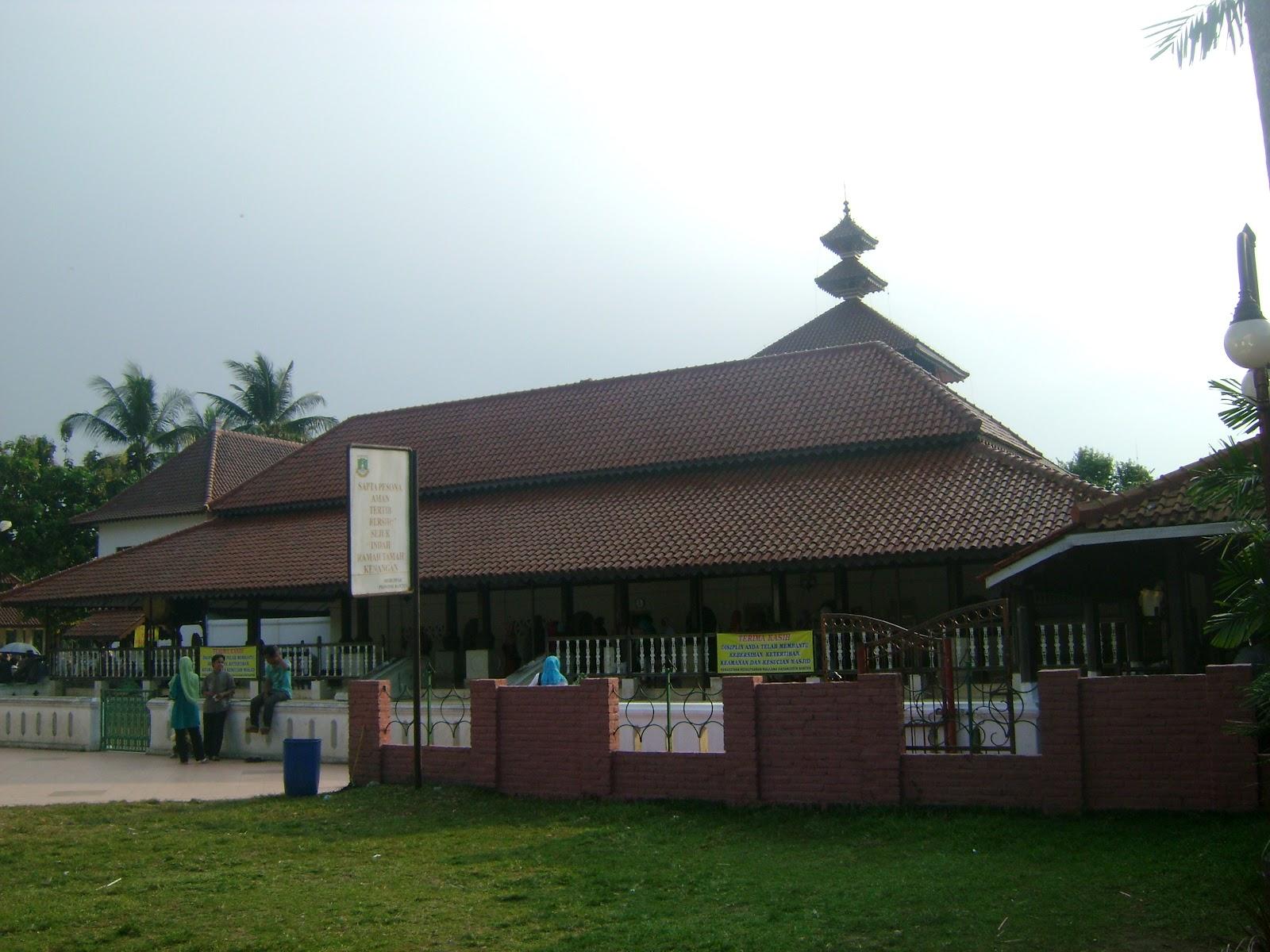 Masjid Agung Banten Kekunaan Bangunan Kompleks Luas Tanah 1 3