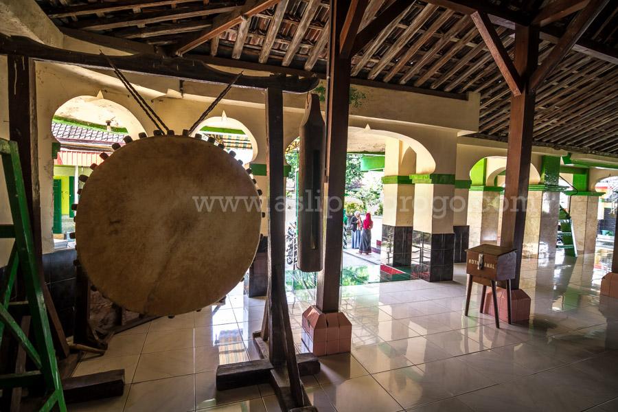 Masjid Agung Kota Kutho Wetan Ponorogo Www Asliponorogo Bedug Kuno
