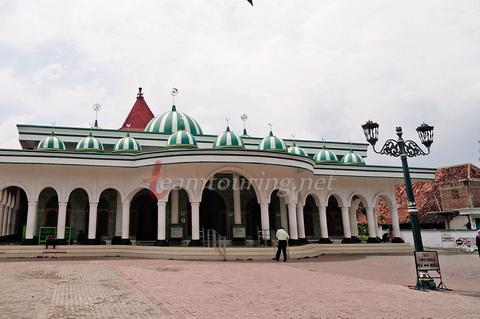 Masjid Agung Ponorogo Berpadunya Arsitektur Jaman Dulu Bangunan Kota Kab