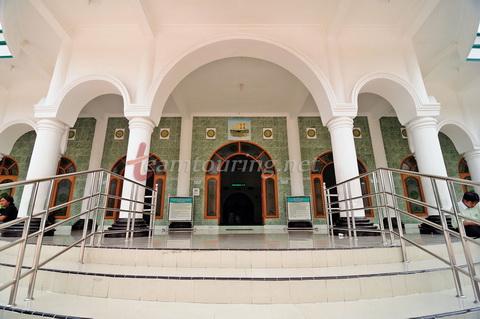 Masjid Agung Ponorogo Berpadunya Arsitektur Jaman Dulu Serambi Kota Kab