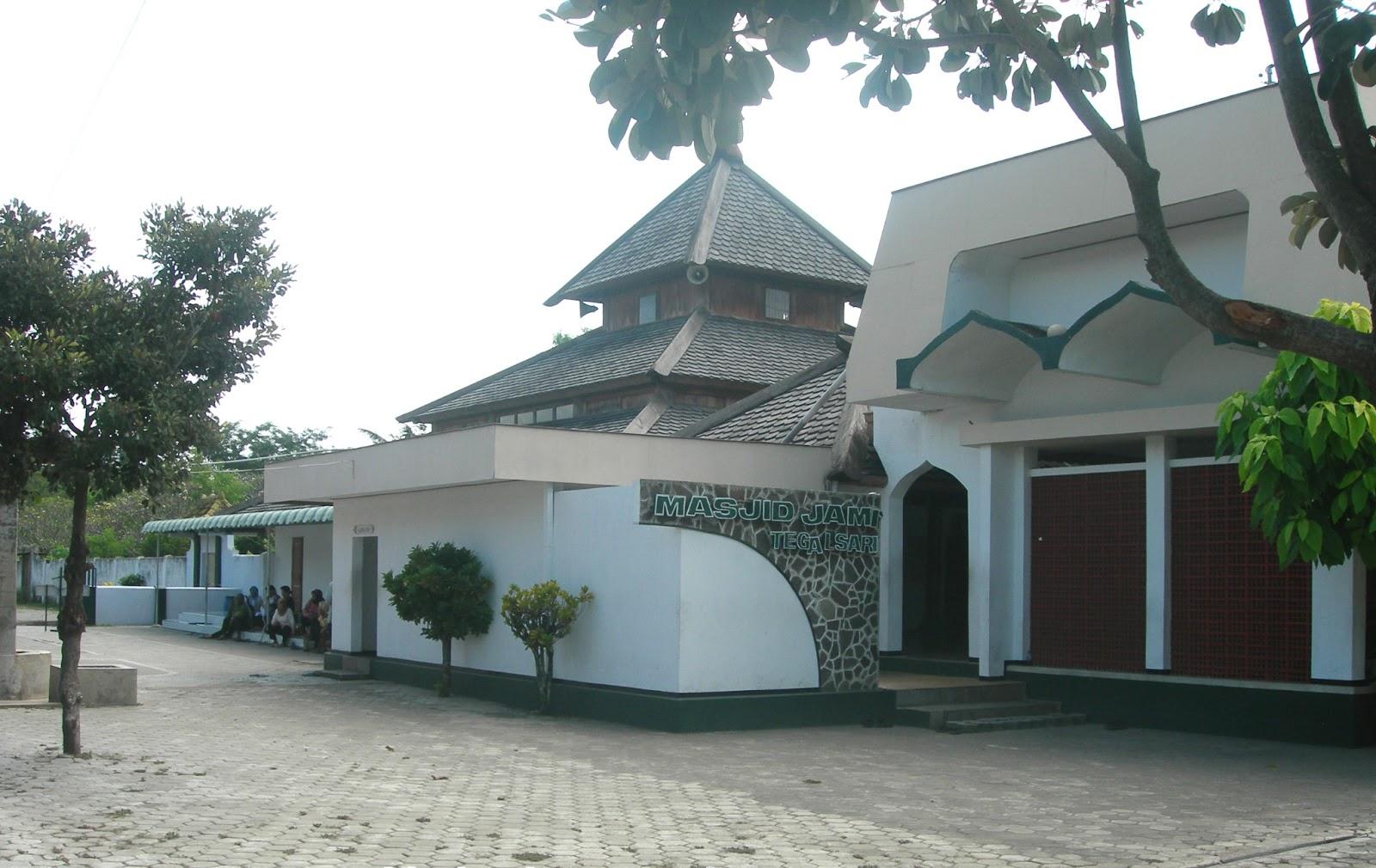 Maret 2013 Machmoud Rofi Blog Masjid Tegalsari Tampak Samping Kab